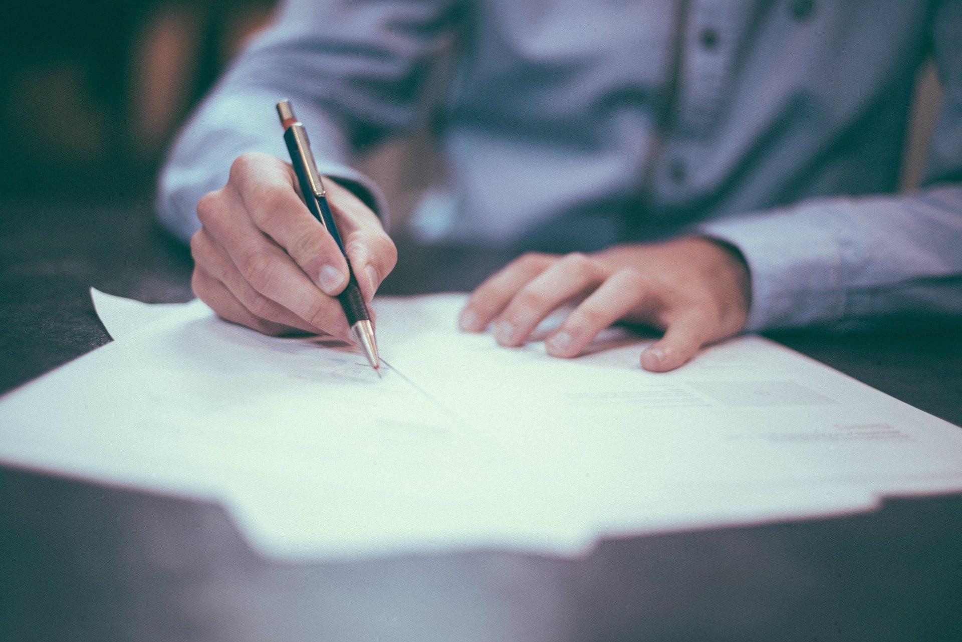 Investissement locatif : comment rédiger un bail ?
